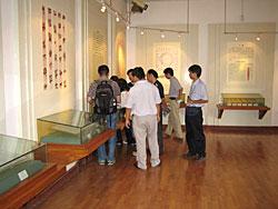 写真17 荊州出土簡牘文字展(展示風景)