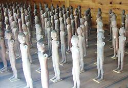 写真6 陽陵博物苑展示の人俑